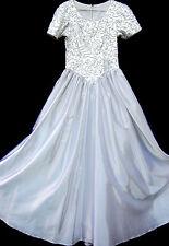 Brautkleider mit U-Ausschnitt und Duchesse -/Herzogin-Schnitt