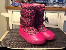 RARE! - Crocs Women's LodgePoint Graphic Pull-on Animal Print Boots US size 7M