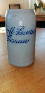 Alter Masskrug 0,9 Liter Innstadt Brauerei geritzt