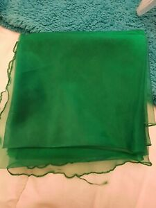 3 Brand  New Round Bright Green Organza Overlays 102 Inch Wedding Tables Party