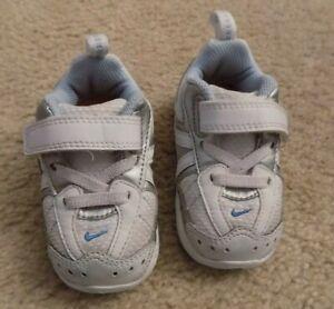NEW - Nike Run Toddler Girl's 4 C