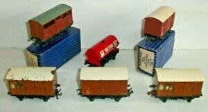 6 ASORTED HORNBY DUBLO OO GAUGE 2-3 RAIL BOX & TANK WAGONS