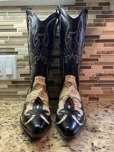 NEW MEN'S FAUX LEATHER AND SNAKESKIN COWBOY BOOTS-SIZE 9 1/2-UNBRANDED-NO BOX