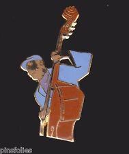 Pin's Folies ** Rare Enamel Badge Demons et Merveilles Music jazz contrebasse