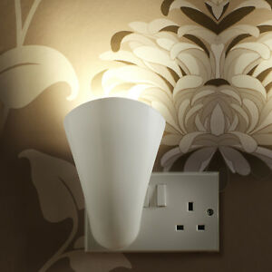 Auraglow Plugin GU10 Spotlight Uplighter Wall Wash Light Plug Socket Lamp