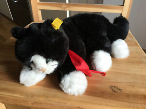 Steiff - Katze Minou - schwarz - seitlich liegend - sehr guter Zustand - 28cm