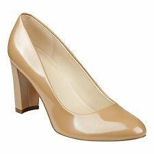 70fb450174c New MARC FISHER Womens Almond-Toe Pumps Dress Shoes 3.5