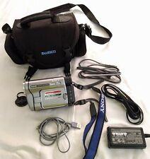 Sony Dcr-Trv280 Hd Digital Hi8 8mm Camcorder Very Nice + Case & Cords, HandyCam