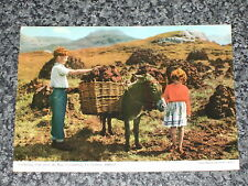 THATCHED COTTAGE CONNEMARA CO.GALWAY IRELAND POSTCARD VINTAGE POSTED 1960  VGC