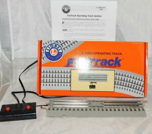 Lionel 6-12054 Fastrack Operating Track Section Remote Control O gray roadbed C7