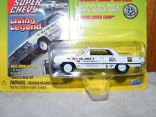 2000 Johnny Lightning 1:64 Super Chevy 1963 Chevy Impala Z-11 Bonus Cover Card