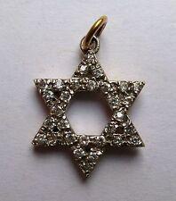 9ct GOLD Circonita Cúbica Estrella de David Colgante 2.3g G