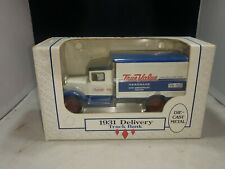 Ertl 1931 Delivery Truck Bank, True Value Die Cast 1/34