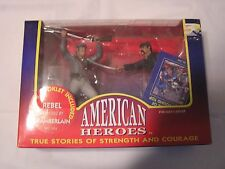 American Heroes-REBEL REPULSED BY CHAMBERLAIN-NO.1304 with 94 page Booklet