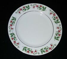 """Everyday Gibson China - Christmas Holly & Berry - Dinner Plate - 10 5/8"""" Dia"""
