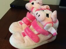 Skechers pink piggy adorable shoes, little girls size 10 medium