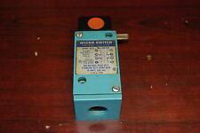 Micro Switch, Lsl7M, Limit Switch, 600Vac, 10Amp, New