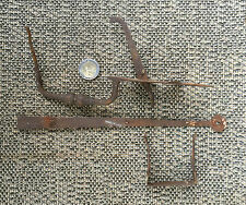 Ancien mécanisme loquet de porte fer forgé de grange chalet french antique lock