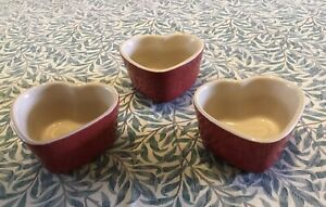 le creuset heart shaped ramekins slightly used, with no scratches/chips/wear