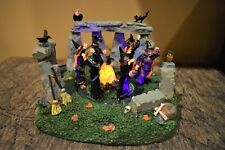 Lemax Spooky Town 2007 Witches Coven lighted Halloween #74596 (320)