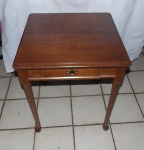 Solid Cherry End Table / Side Table  (RP-T771)