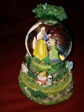 Snow White And Seven Dwarfs Snow Globe. Drarfs' Yodel Song .no Box