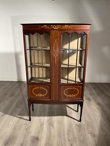 Attractive Inlaid Edwardian Display Cabinet In Mahogany