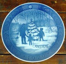 Collector Plate Royal Copenhagen Denmark 1979 Choosing the Christmas Tree