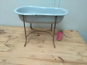 Antique 1930´s enameled room bidet bathtub with cast iron structure super rare