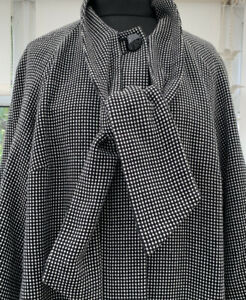 Marks & Spencer M & S Coat Size 22 Tweed Black Mix With Wide Sleeves & Scarf