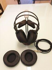 Audio Technica ATH-A900 Art Monitor Headphones