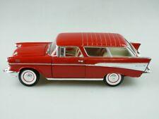 Road Tough 1/24 1957 Chevrolet Bel Air Nomad korallrotmetallic ohne Box 512377
