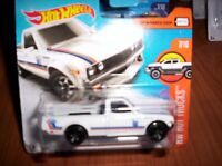 DATSUN 620 BIANCO - HOT WHEELS - SCALA 1/55