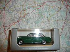 MERCEDES 300 W 189 Adenauer Verte 1951 Ancienne Rio en boite