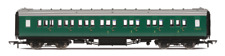 Hornby R4839 BR Maunsell Corridor Composite Coach S5673S Set 230 OO Gauge