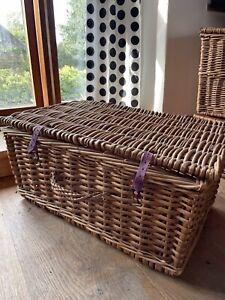 Large Vintage Wicker Christmas Hamper Basket Willow