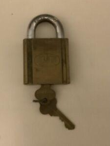 Padlock Lockwood Australia 2 X Keys