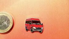 Mercedes Benz Sprinter Pin rot Badge