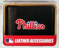 Philadelphia Phillies MLB Embroidered Leather Billfold Wallet NEW in Gift Tin