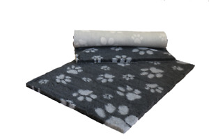 VETFLEECE Non Slip Deep Pile Fleece Vet Bed Roll Dog Cat Cage Charcoal Grey Paws