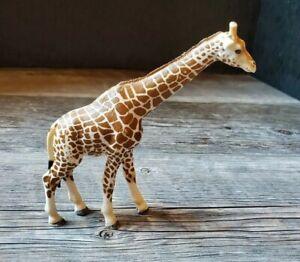 "Schleich Giraffe Male Figure 6"" circa 2003"