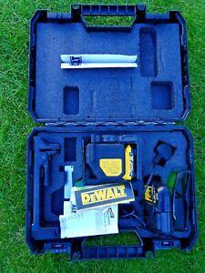 Dewalt DCE088G Self Leveling Cross Line Green Laser 1x 2.0Ah Battery