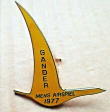 RARE Gander Newfoundland Canada,1977 Mens Airspiel Curling Lapel Pin