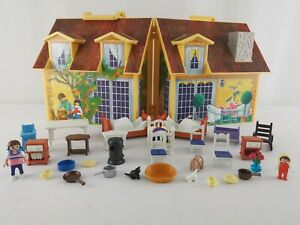 Playmobil | 2005 | Geobra | Take Along Modern Fold Out Doll House | Accessories