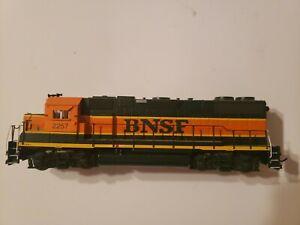 Athearn HO Scale  BNSF GP38-2 Power Locomotive 2257