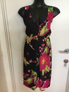 SIZE 16 SMART FLATTERING BLACK Multicoloured FLORAL DRESS