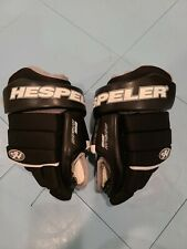 Hespeler Youth Quality Hockey Gloves 9 inch Cuff Great Condition