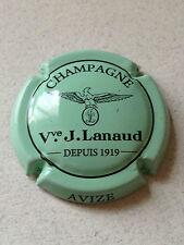 Capsule de Champagne LANAUD J. (10i. vert pâle et noir)