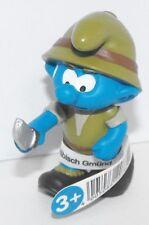20782 Jungle Adventurer with Knife Smurf Figure 2016 Plastic Miniature Figurine