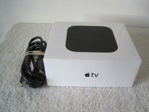 Apple TV (4th Generation) | A1625 | HD Media Streamer | 32GB | Siri Remote | +++